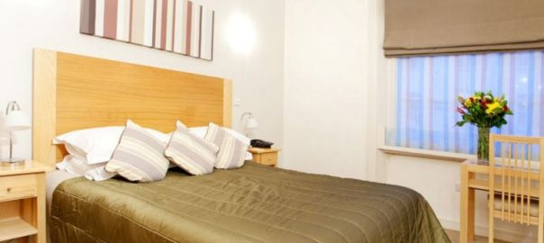 London Hotel Cleveland Accommodation Executive-Deluxe-apartment